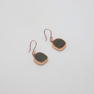 Arete de cobre con detalle en cerámica Mata Ortíz, pídalo con la clave ArCMOC/024